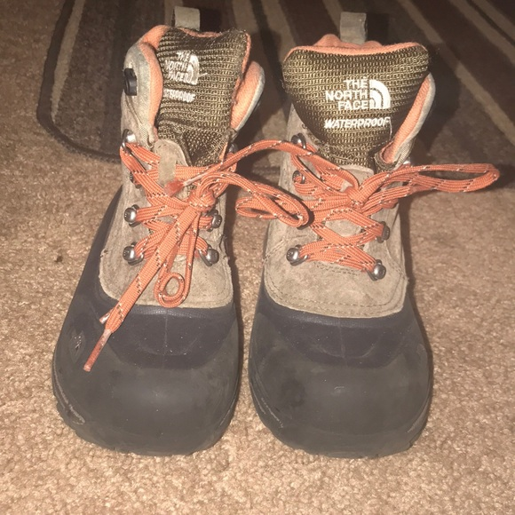 9af1eeaae Youth/Boys The North Face YOUTH CHILKAT LACE II